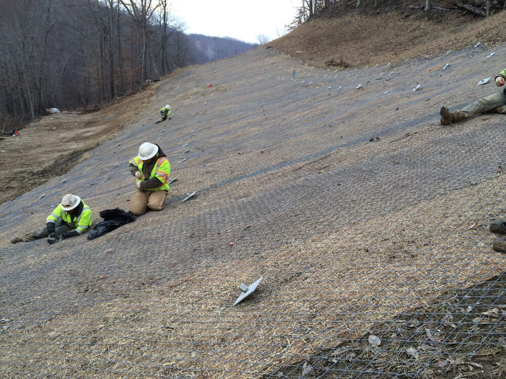 Pipeline Landslide Repair With Mesh Installation, Oil/Gas/Energy Geohazard Mitigation