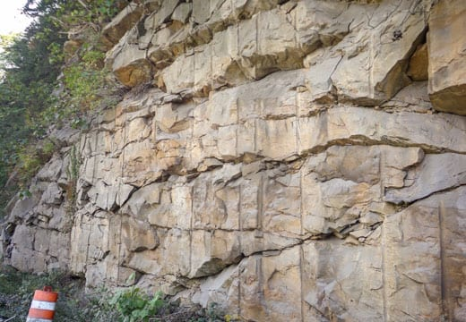 Rock Slope Stabilization using Polyurethane Resin