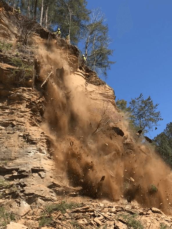 Large Rockslide Remediation in Jasper, GA